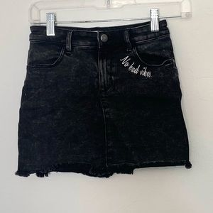 H&M Girls Faded Black distressed skirt  9-10 years